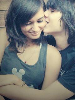 Cute Love Couple Whatsapp DP