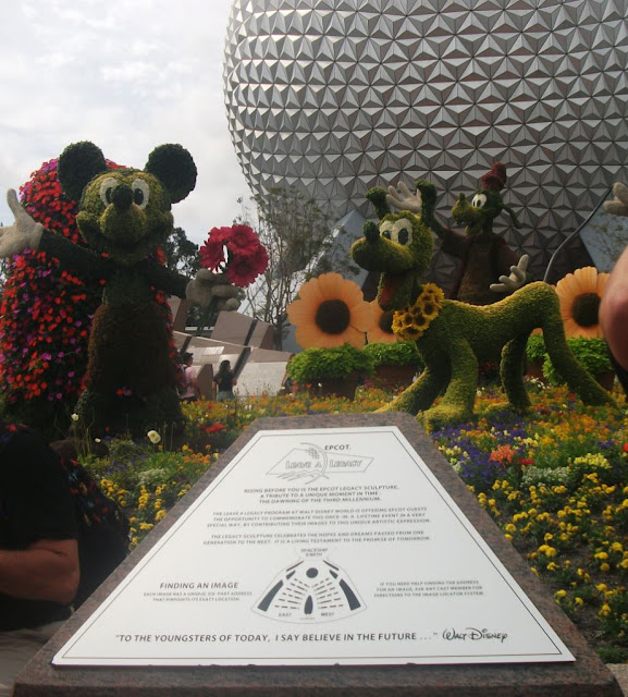 EPCOT Topiary Mickey and Pluto