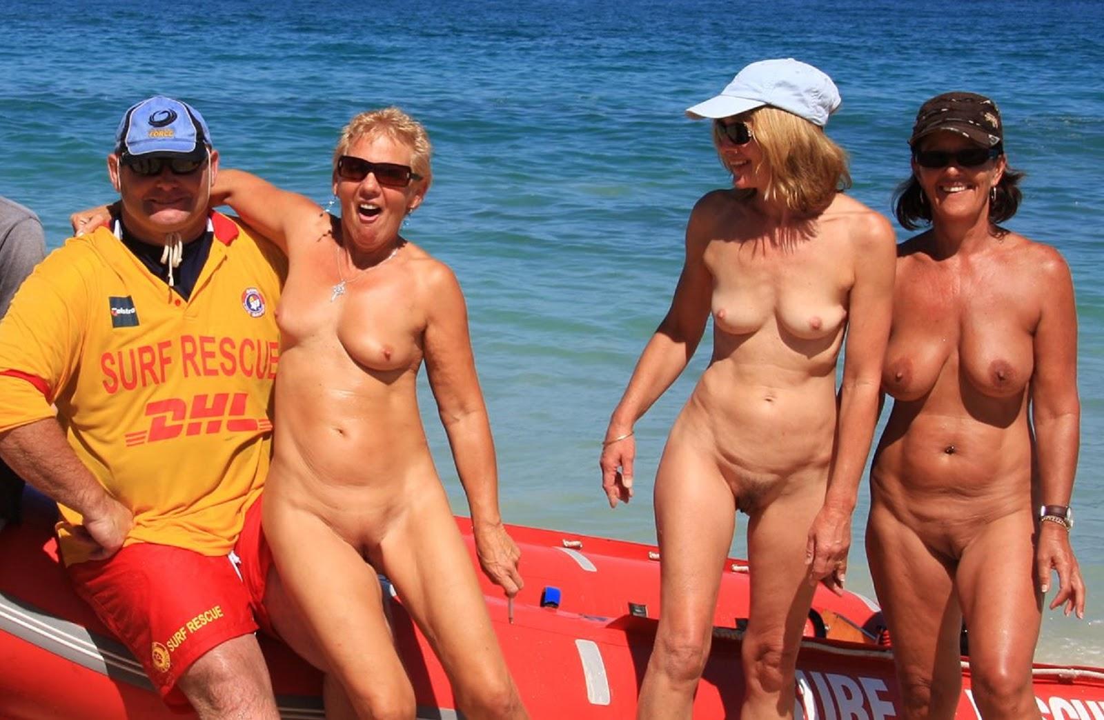 Slut female lifeguard naked guys sucking ladies