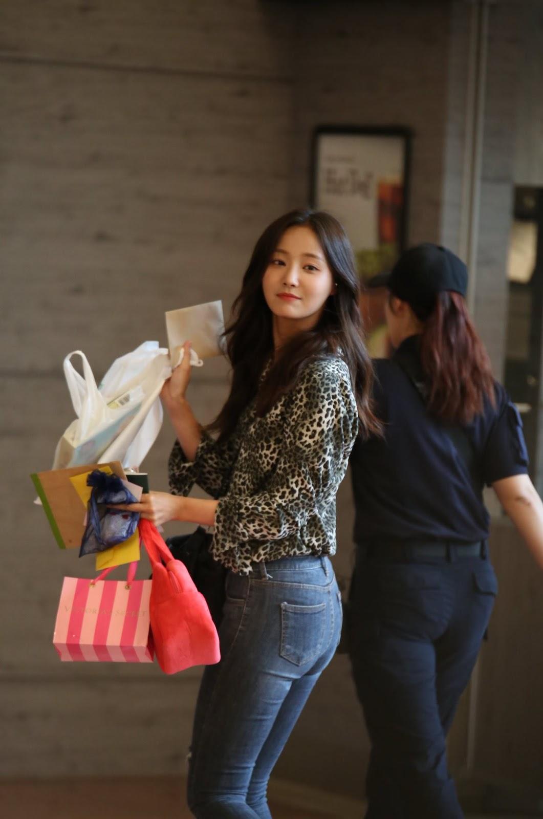 "BLOG – Tagged ""Yeonwoo"" – Culturekorean Store"
