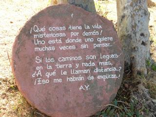 La casa de atahualpa cuenta con piedras que tienen frases de él