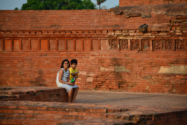 Silent Pages : Travels in the Historical Land of India