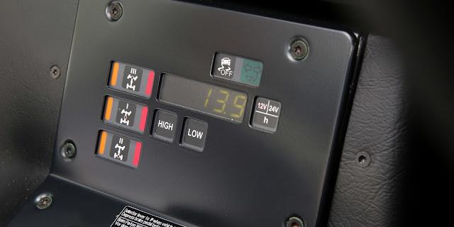 Chiêm ngưỡng xe bán tải Mercedes-Benz G300 CDI mới ban tai mercedes benz g300 cdi 07