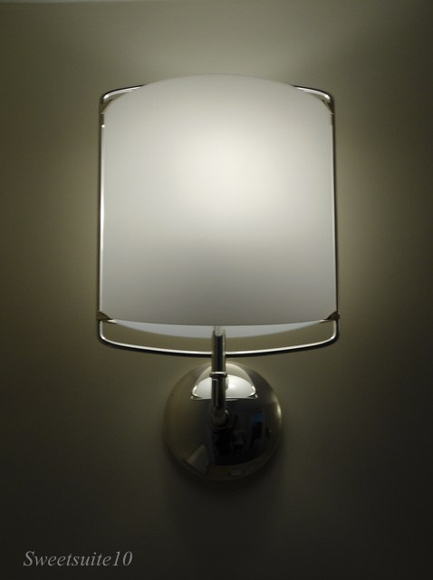 Four Season's Toronto bathroom sconce