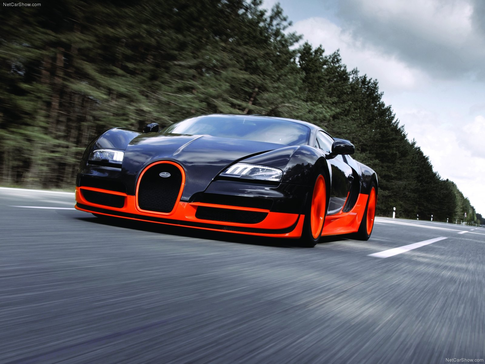 Latest Car Reviews 2012 Bugatti Veyron Super Sport Wallpapers