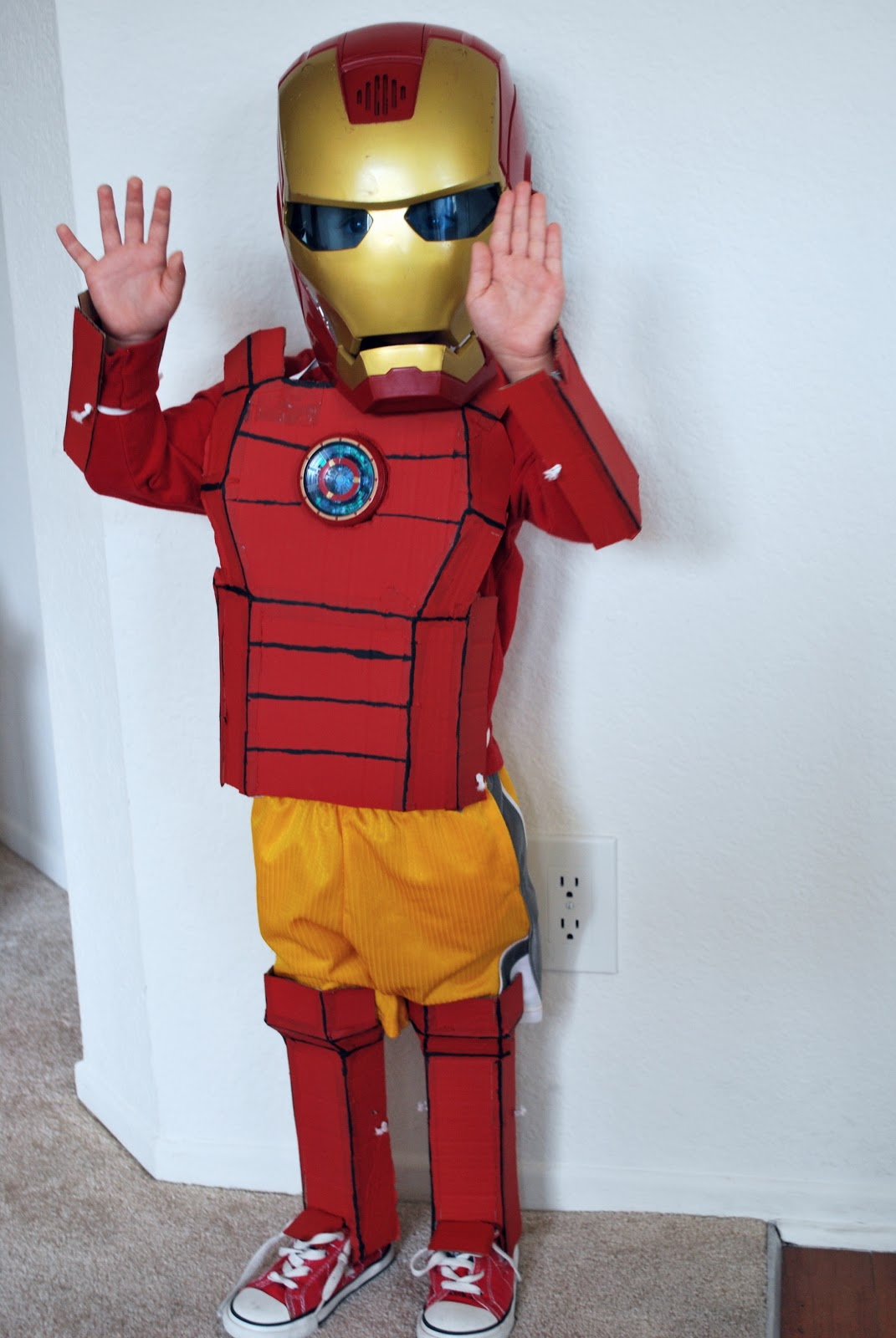 sunshine and a summer breeze diy iron man costume. Black Bedroom Furniture Sets. Home Design Ideas