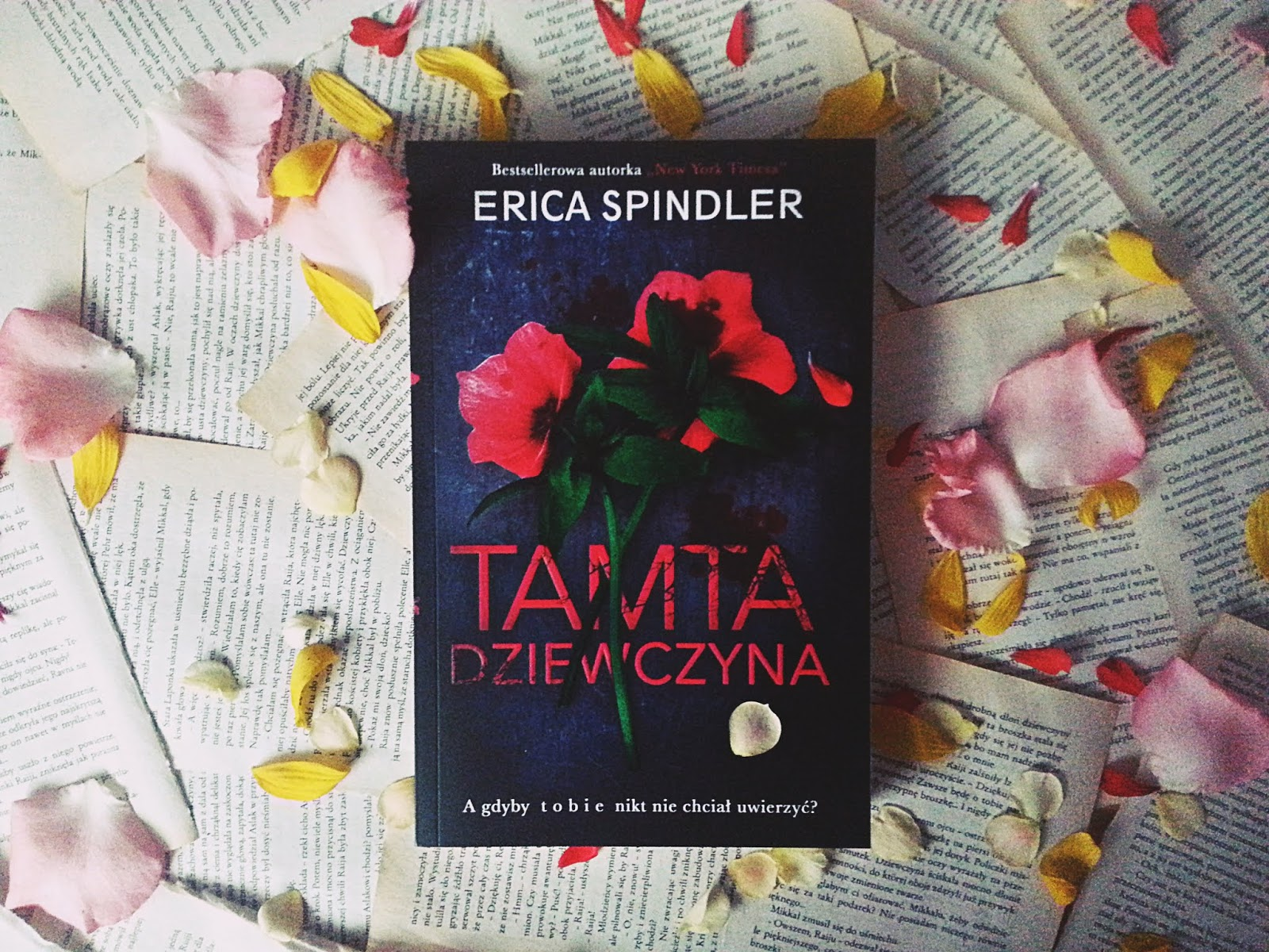 Tamta dziewczyna, The Other Girl, Erica Spindler, książka, recenzja, Edipresse Ksiązki