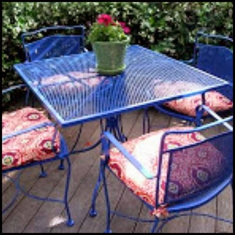 Dollar Store Crafter: Backyard Patio Makeover