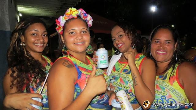 http://www.blogdofelipeandrade.com.br/2016/02/carnaval-2016-bloco-o-cabecao-mais-um.html