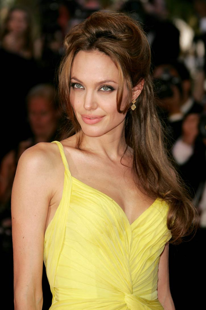 Angelina Jolie Look Using All Drugstore Makeup: Short Hairstyles Win The Heart Of Angelina Jolie