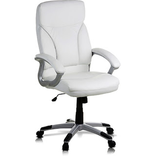 Americanas: Cadeira de escritório em P.U. (couro sintético) c/ base cromada, função relax (reclinável) - Classic Home Por R$ 299,90