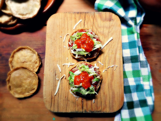 Mexican sopes with refried beans and chorizo - lacocinadeleslie.com