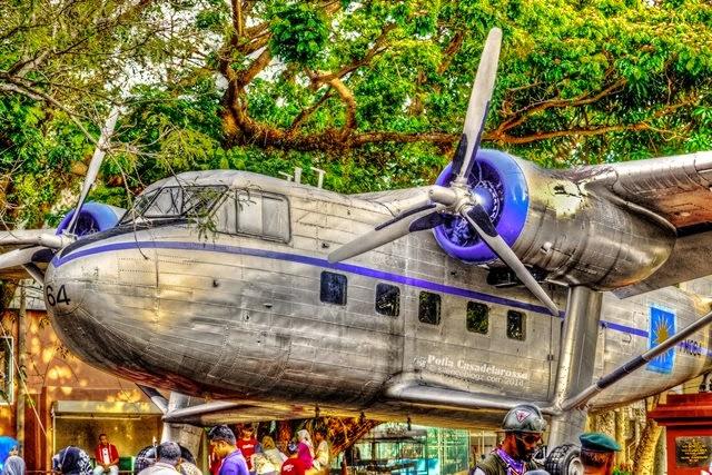 Replika kapal terbang dataran pahlawan melaka