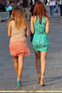 mujeres-bonitas-vestidos-apretados