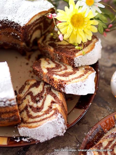 ciasto zebra , fantastyczna babka w paski , pasiasta baba , babka dwukolorowa , ciasto na niedzielę , babka wielkanocna , ciasto ucierane , domowe jedzenie , moje wypieki