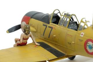 North American T-6 d'Italeri au 1/48.