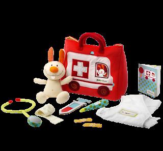 https://www.dehorlepiep.nl/detail/knuffels-en-stoffen-speelgoed/fantasiewereld/86520/ziekenwagen-dokter-set/?gclid=CjwKCAiArrrQBRBbEiwAH_6sNDNZ9Cpb4tzPlQPgNNnBA0yUi9PyOnj6E8GvzHoMayp2mee8gFQEhBoCxrMQAvD_BwE