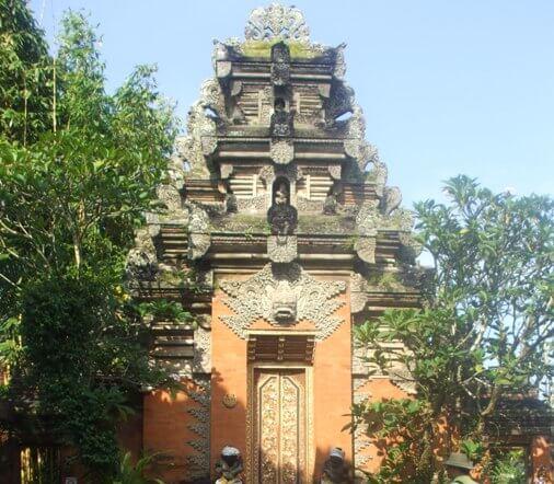 The Royal Palace Ubud, Puri Saren Agung Ubud Bali, Ubud Royal Palace Bali, Ubud Palace Puri Saren Agung, Puri Saren Royal Ubud Palace