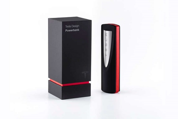 TESLA Powerbank launched with 3350mAh capacity