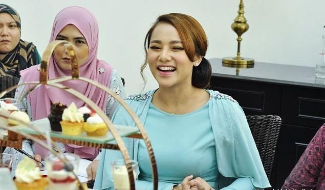 Respon Paling 'Win' Elly Mazlein, Bila Dikecam Kuat 'Berdrama'