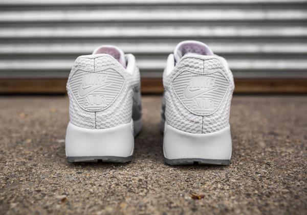 Cùng ngắm các mẫu giày sneaker đẹp mới lên kệ đầu hè 6/201106