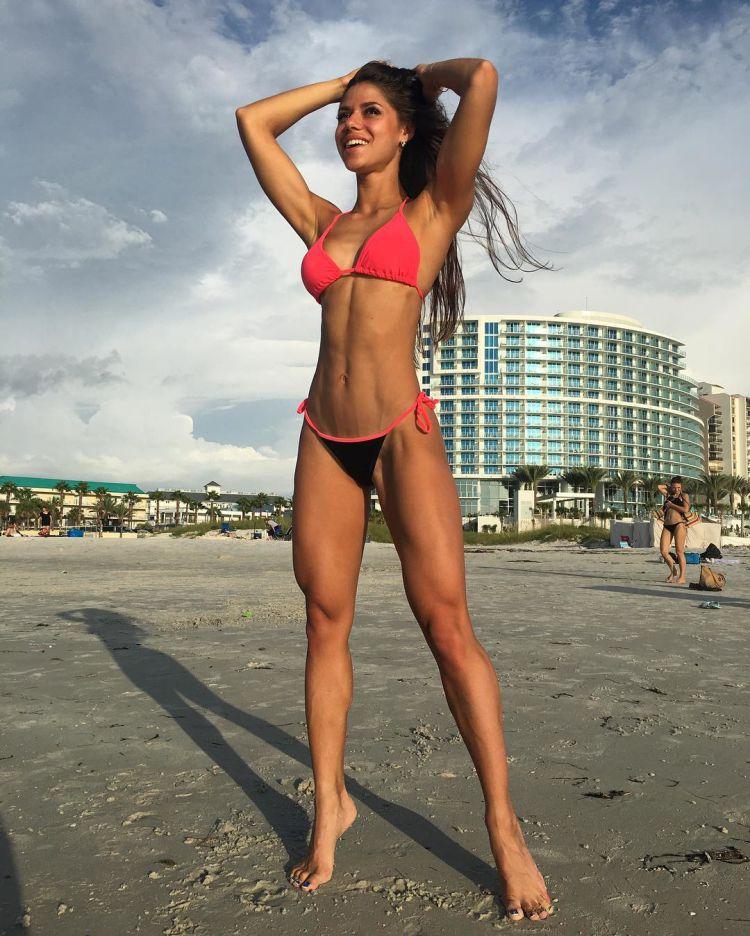 Russian bikini fitness Diana Volkova