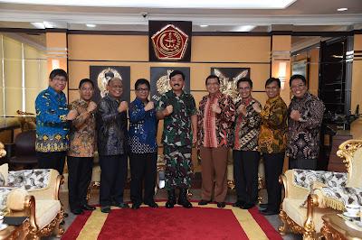 Panglima TNI Terima Audiensi Ketua Majelis Agung YPPII
