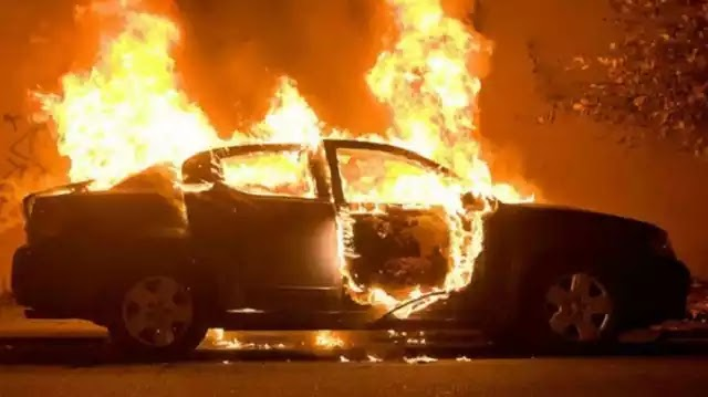 Πυρπολήθηκαν 897 αυτοκίνητα απο αναρχοκομμουνιστές για την κατάληψη της Γαλλίας(εθνική επέτειο) απο τους όμβριους