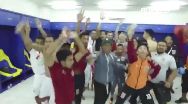 (Video) Borneo FC Rayakan Hasil Imbang Bagai Juara Liga Diledek Pendukung Persib