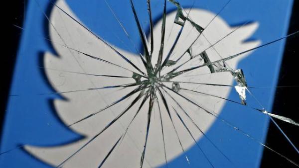 تويتر تحذف مليون حساب على منصتها
