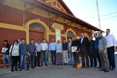 Prefeitos conhecem projeto de trem turístico em Guararema