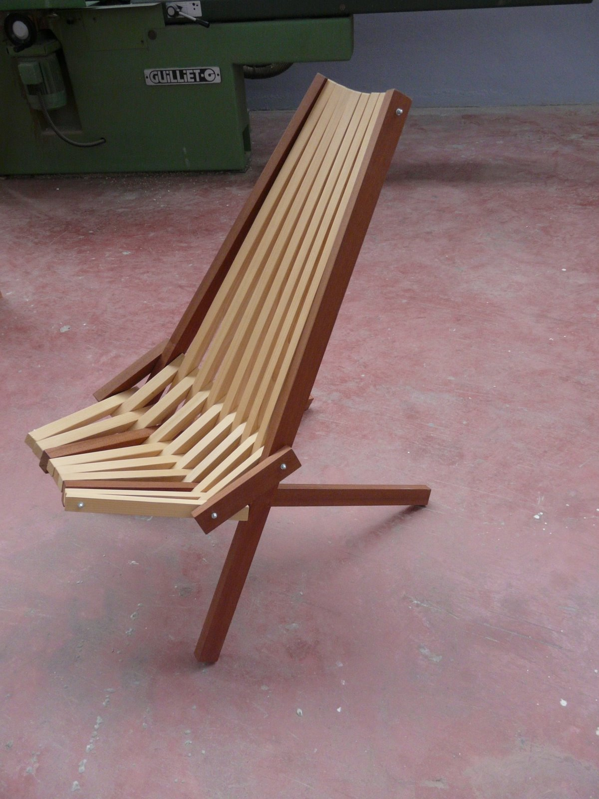 chaise africaine en bois