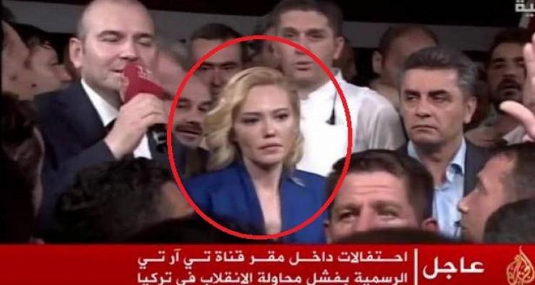 الحسناء التي أعلنت بيان الانقلاب تخرج عن صمتها و تكشف ماذا حصل معها