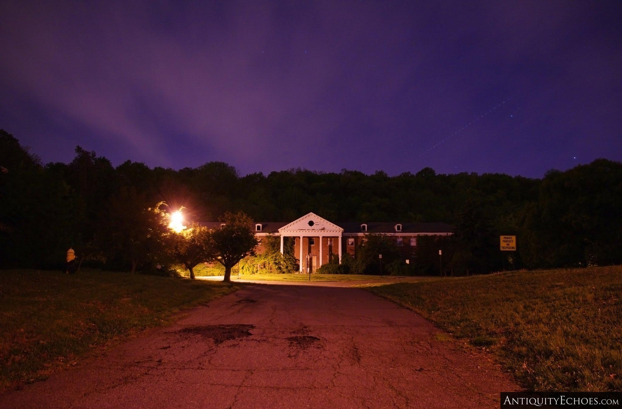 Overbrook Asylum - Amber Streetlamps