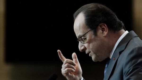 Calais, último campo de refugiados en Francia, asevera Hollande