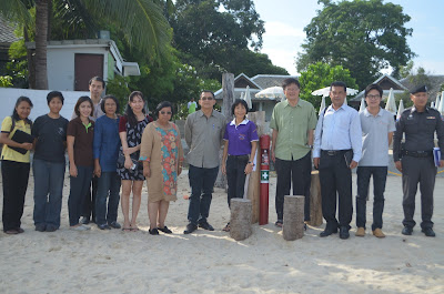 Box Jelly fish experts visit Koh Samui