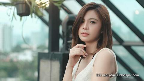 Lirik Lagu Lisa Yunna - Jakarta