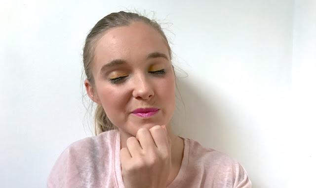 make-up jaune