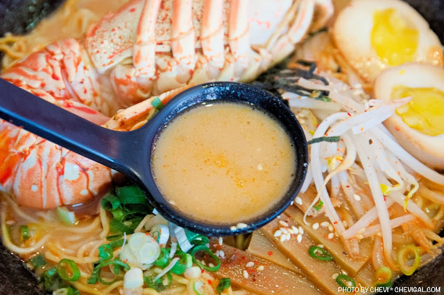 MG 6427 - 熱血採訪│不用到市區,海線就能吃到浮誇系霸氣龍蝦拉麵!鮮甜蝦膏與飽滿肉質超滿足!
