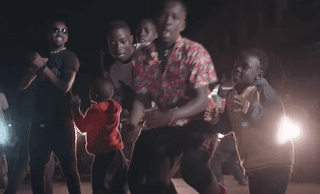 Video Eddy kenzo ft Robinho mundibu & BM – Limba (Lean Back) Mp4 Download