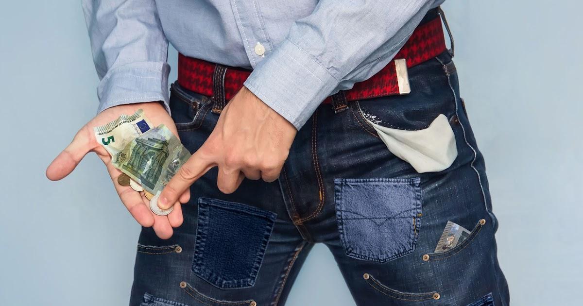 Weil-man-darin-immer-wieder-Geld-findet-Student-n-ht-sich-45-Taschen-an-seine-Hose-und-wird-reich