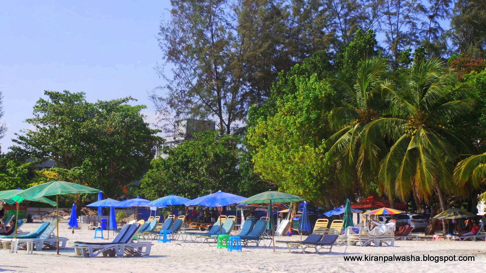 Exploring Langkawi Island. The Cenang beach and Eagle Square ...