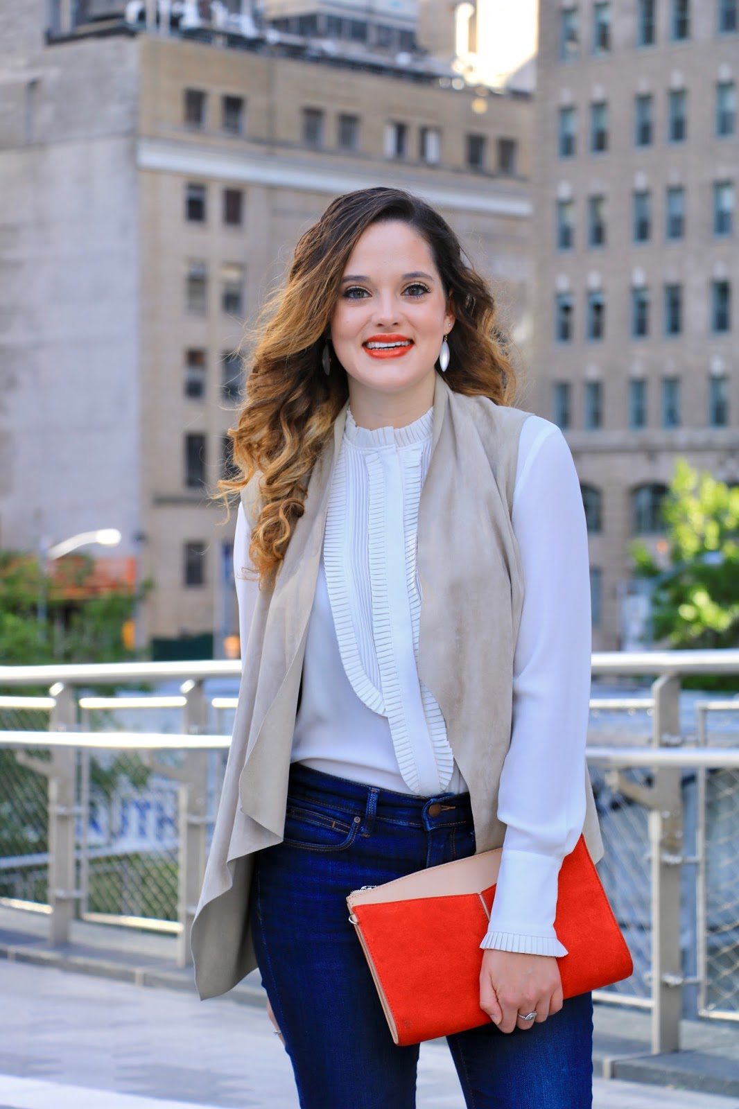 Nyc fashion blogger Kathleen Harper showing work outfit ideas