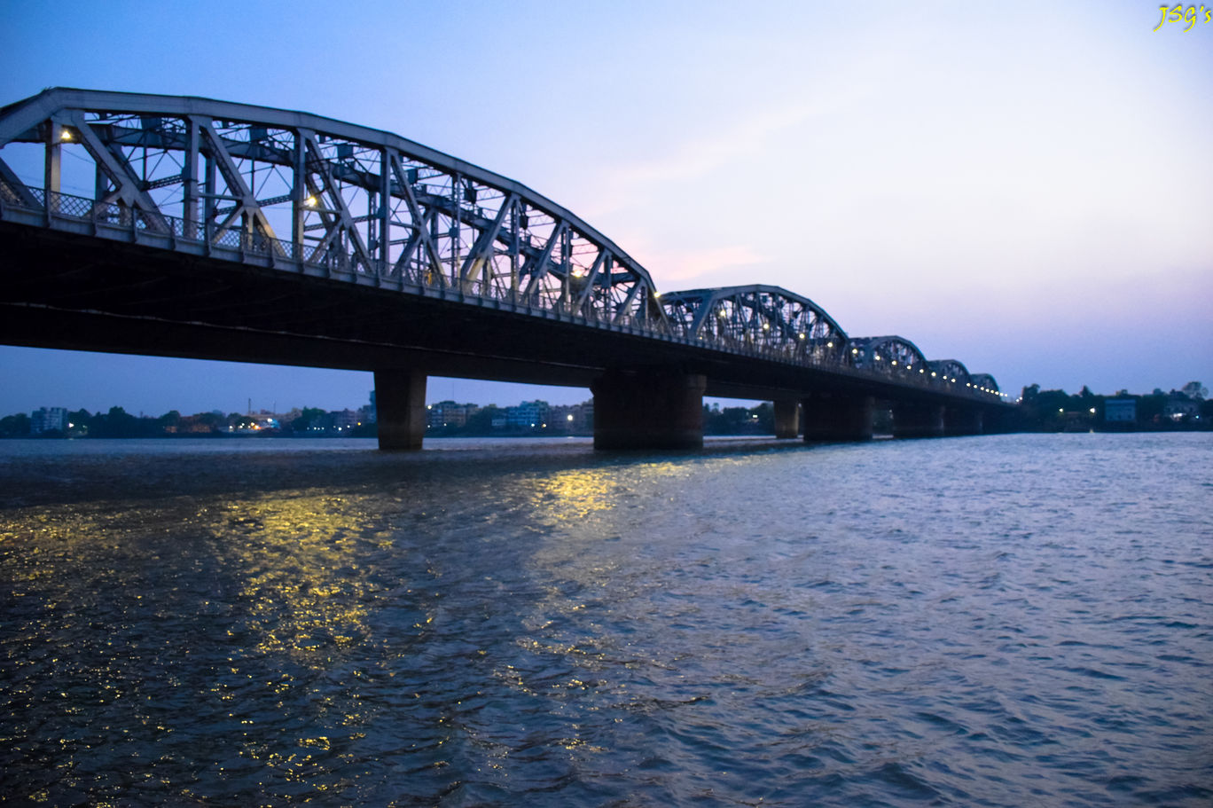 Bally Bridge from Dakshineswar doibedouin