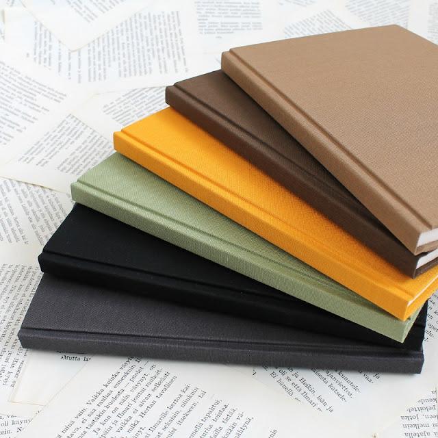 handmade hardcover bullet journals by Kaija Rantakari / paperiaarre.com