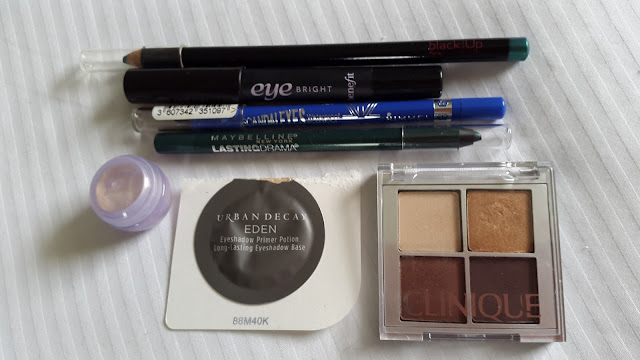 Assorted eye cosmetics - www.modenmakeup.com