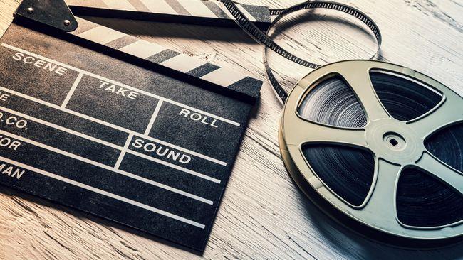 Duh, 3 Film Indonesia Ini Bikin Nangis dan sedih di Jalan!