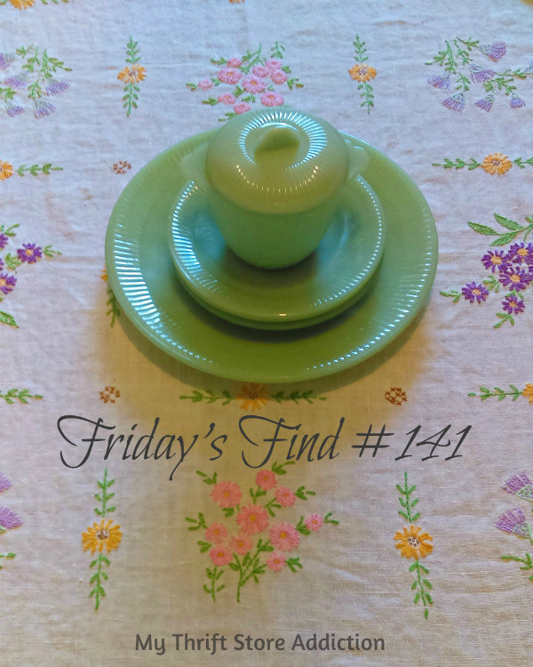 Friday's Find #141 mythriftstoreaddiction.blogspot.com Vintage jadeite scored half price at an estate  sale!