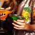 [Reseña libro] La Coctelera de la mujer borracha de Martina Cañas: Una selección de lujo de tragos e historias