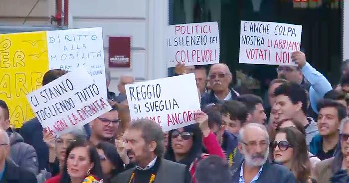 REGGIO CALABRIA. Azione nazionale: 'La città scende spontaneamente in piazza'